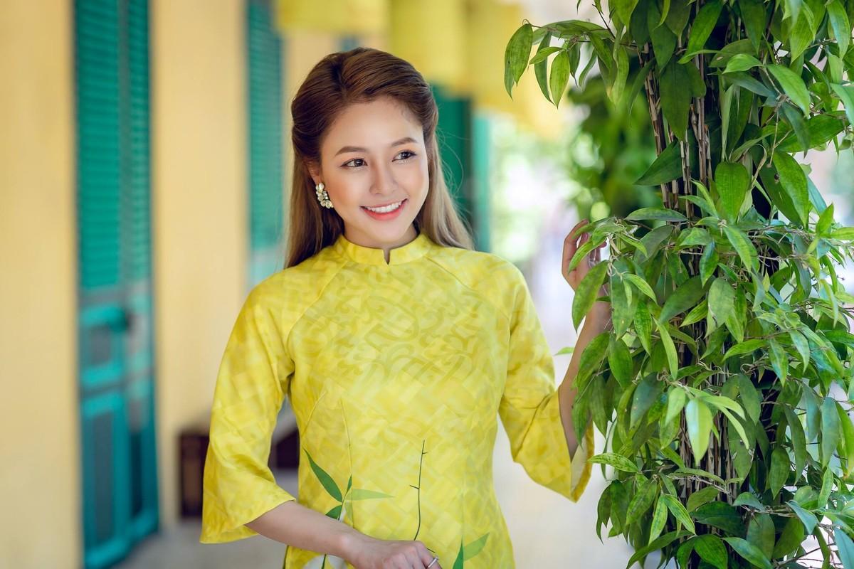 Hot girl Tram Anh thay doi hinh anh sau lum xum tinh cam-Hinh-9