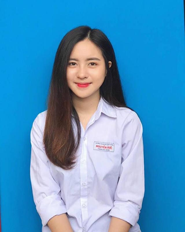 Chup anh the xinh qua muc, nu sinh Yen Bai gay sot MXH-Hinh-2