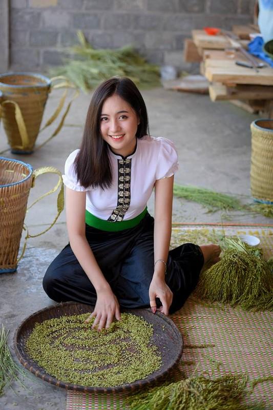 """Thanh nu tam giac mach"" khoe anh mac do dan toc cuc xinh-Hinh-5"