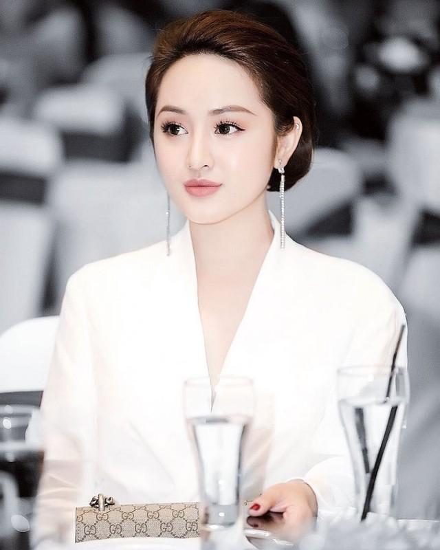"""Nhan sac """"chanh sa"""" cua hot girl 9X Sai thanh-Hinh-3"""