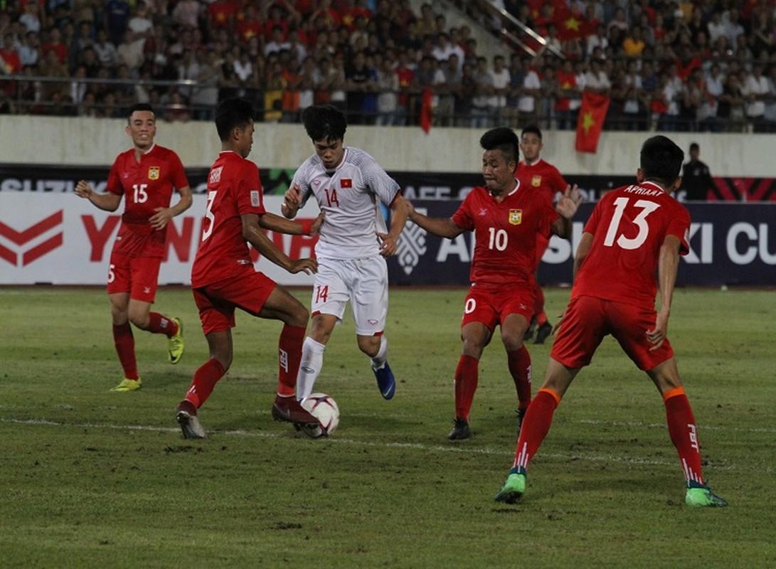 Cong Phuong giup doi tuyen Viet Nam mo man AFF Cup 2018 tung bung-Hinh-10
