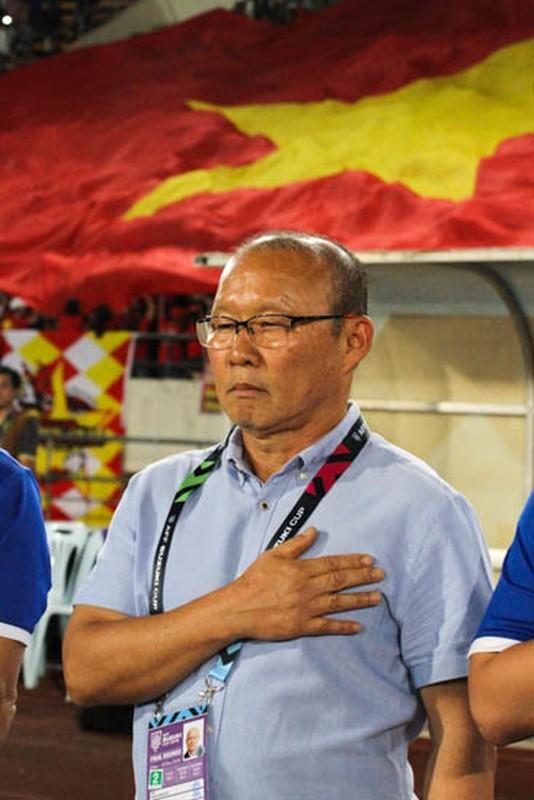 Cong Phuong giup doi tuyen Viet Nam mo man AFF Cup 2018 tung bung-Hinh-12