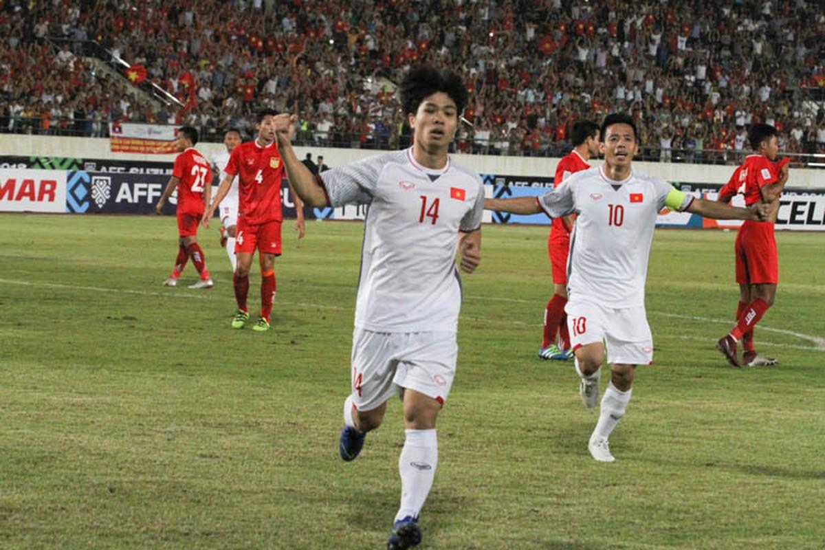 Cong Phuong giup doi tuyen Viet Nam mo man AFF Cup 2018 tung bung-Hinh-2