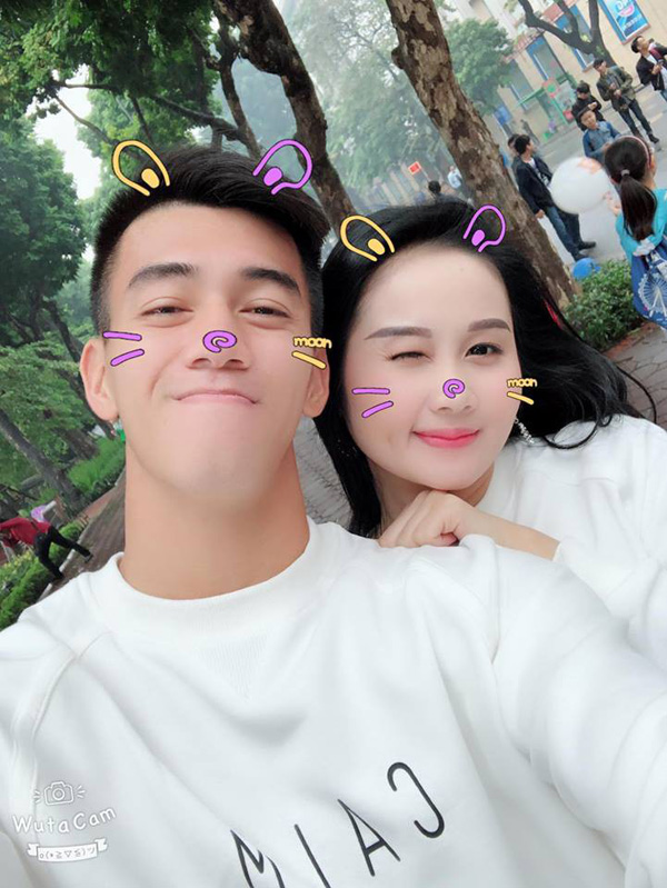 Vao ban ket AFF Cup 2018, tuyen thu Viet Nam khoe nguoi yeu cuc xinh-Hinh-3