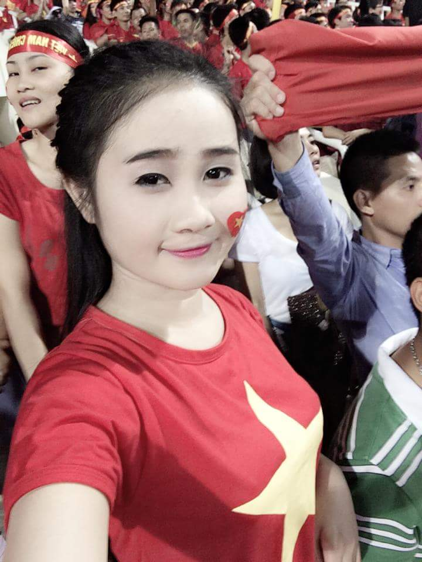 Vao ban ket AFF Cup 2018, tuyen thu Viet Nam khoe nguoi yeu cuc xinh-Hinh-8
