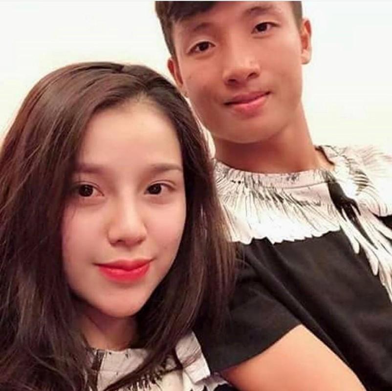 Ngam dan WAGs cuc khung  cua DT Viet Nam tai AFF Cup 2018-Hinh-3