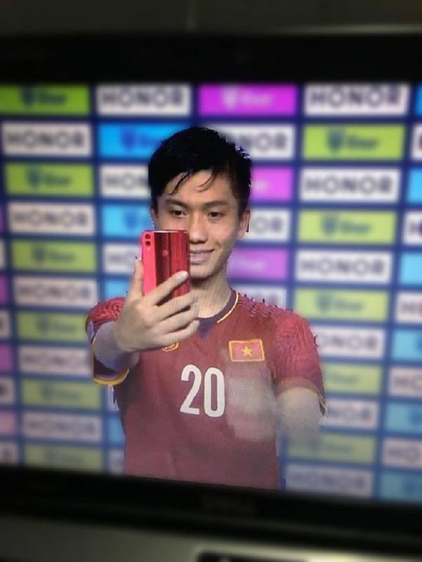Dieu it biet ve nguoi hung doi tuyen Viet Nam tai ban ket AFF Cup 2018-Hinh-10