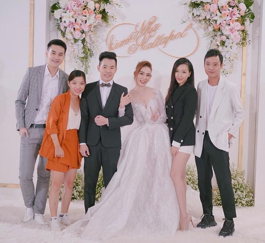 Diem mat nhung hot girl dinh dam len xe hoa trong nam 2018-Hinh-5