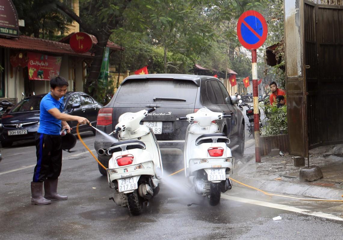Gia rua xe truoc Tet tang dot bien, dan van xep hang cho-Hinh-6