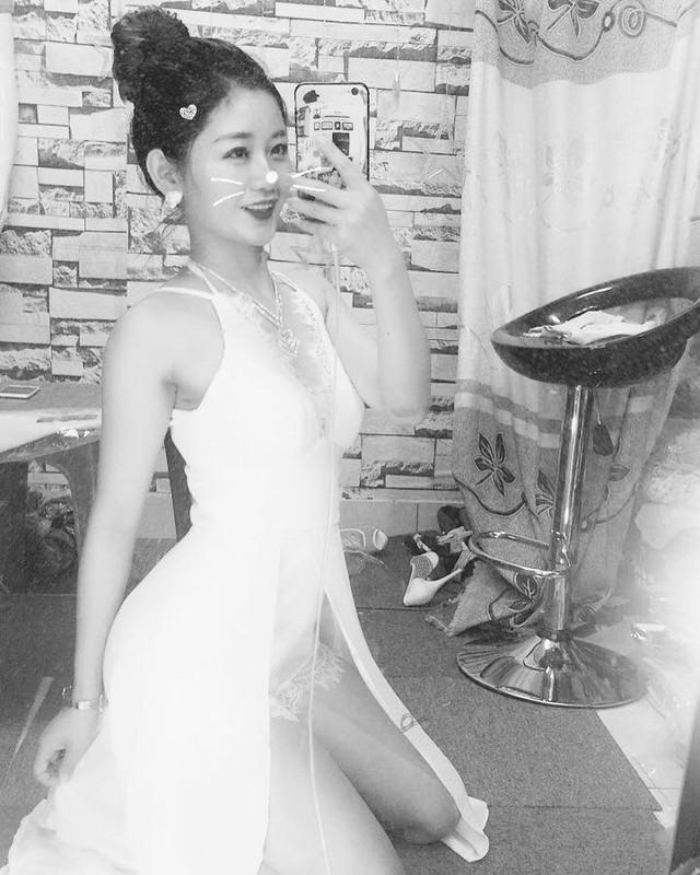 Danh tinh co giao bi chup len xinh nhu hot girl gay sot MXH-Hinh-7