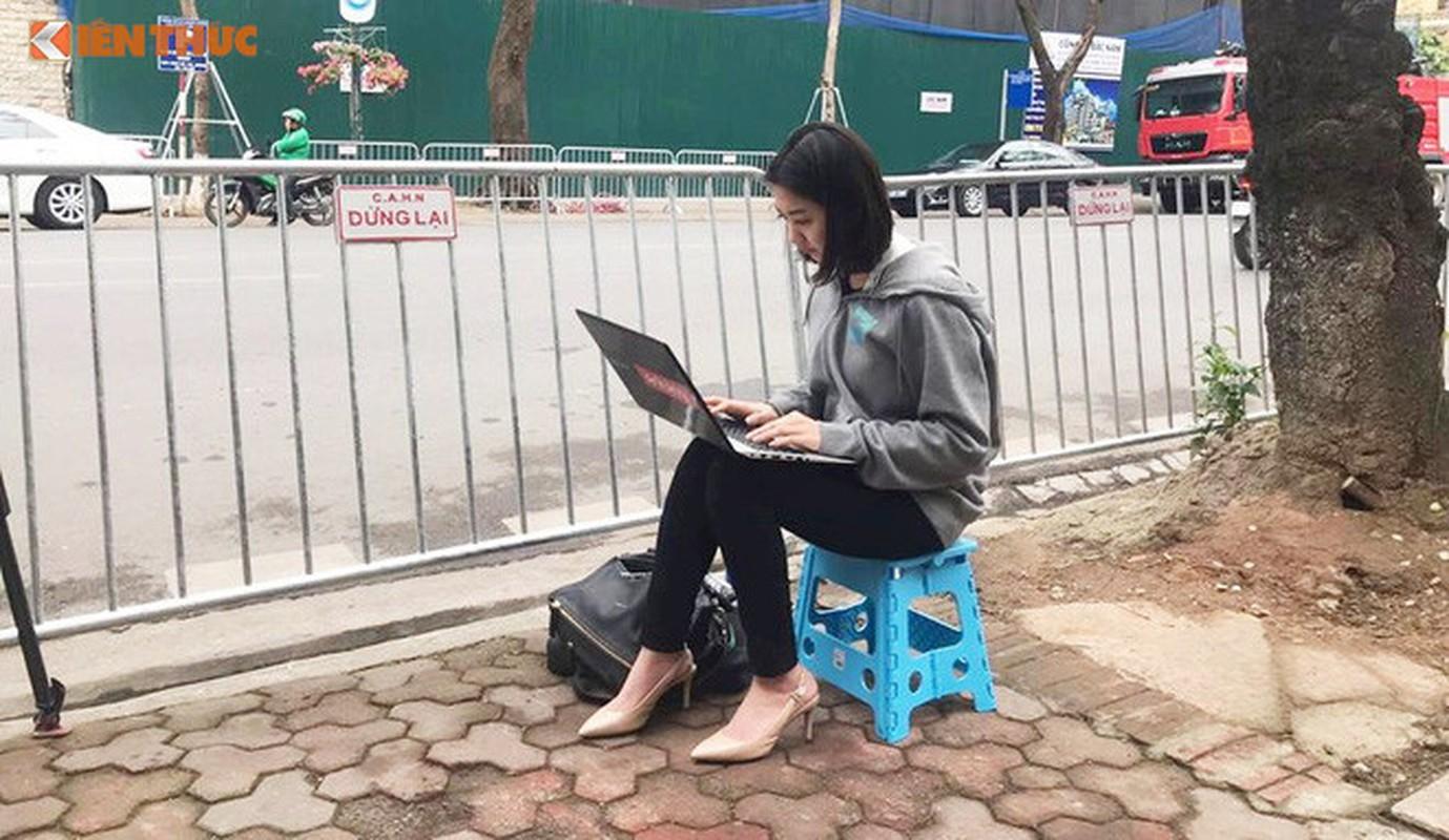 Nhung guong mat bat ngo noi tieng ben le Hoi nghi thuong dinh My-Trieu-Hinh-11