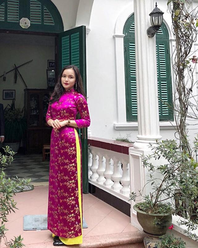 Nhung guong mat bat ngo noi tieng ben le Hoi nghi thuong dinh My-Trieu-Hinh-4