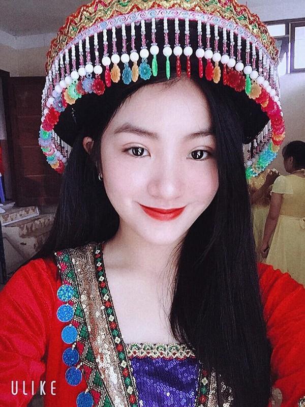 Do nhan sac nhung hoa khoi tang hoa cac Nguyen thu Quoc gia nuoc ngoai-Hinh-4