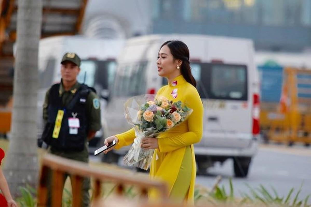 Do nhan sac nhung hoa khoi tang hoa cac Nguyen thu Quoc gia nuoc ngoai-Hinh-6