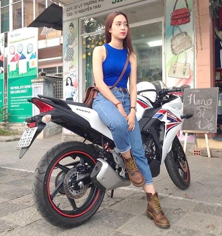 Lo danh tinh Rich Kid Viet body chuan, lai moto cuc ngau-Hinh-9