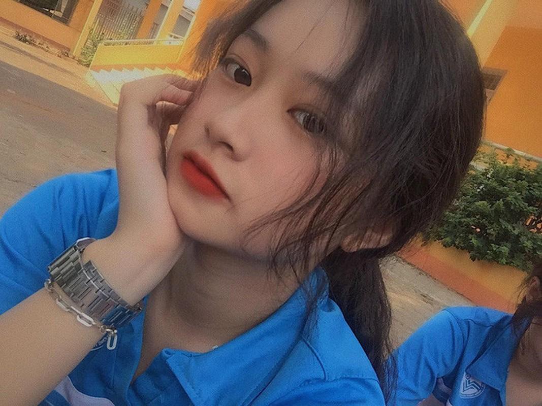 Nu sinh Buon Ma Thuot hut hon CDM vi qua xinh dep khi hoa than thanh Mi-Hinh-6
