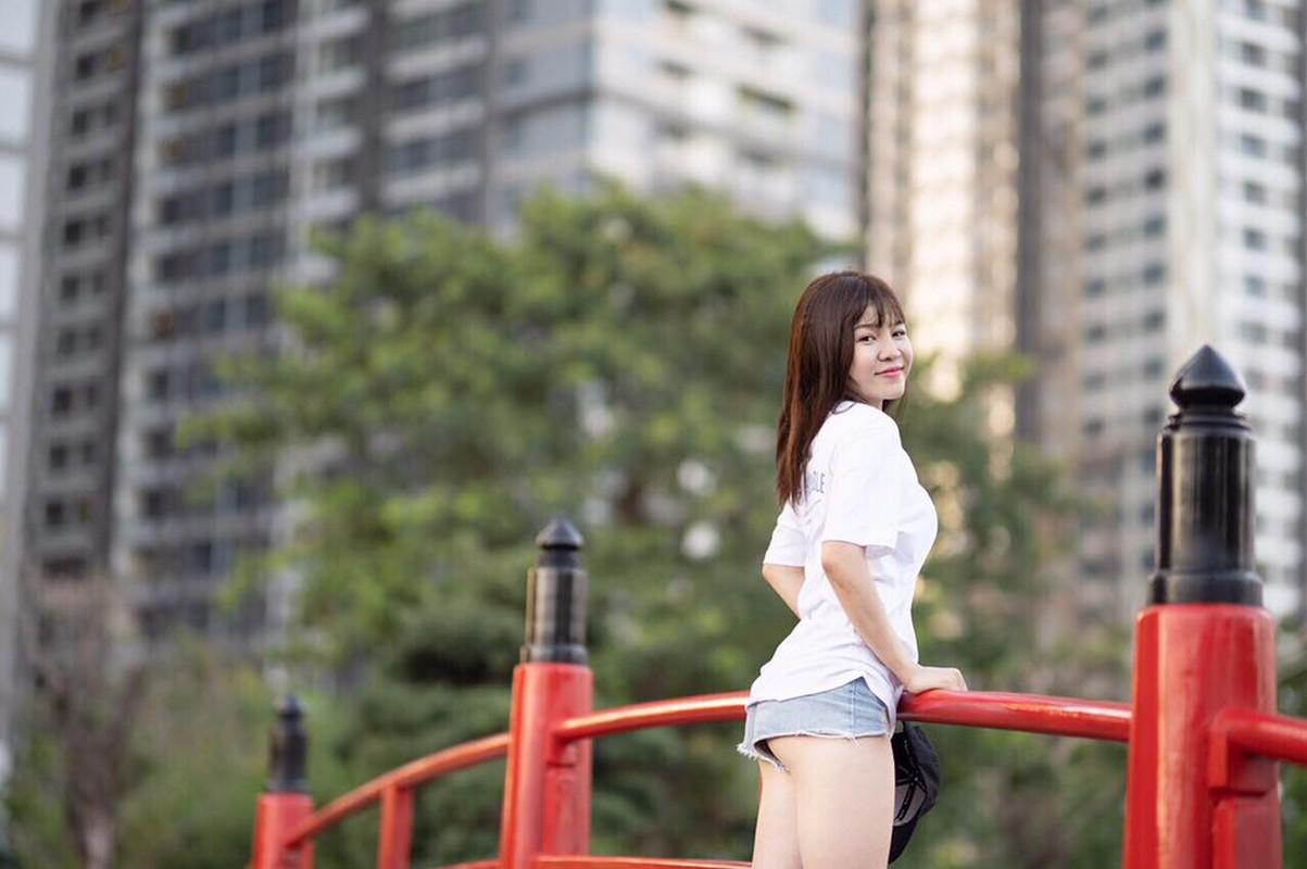 """Lien tuc khoe noi y, nguoi yeu Dang Van Lam bi gan mac """"ban sao Ngoc Trinh""""-Hinh-3"""