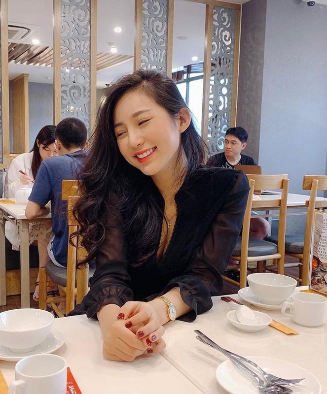 Hot girl Viet len bao nuoc ngoai: Mat khong ti vet, body nong bong-Hinh-3