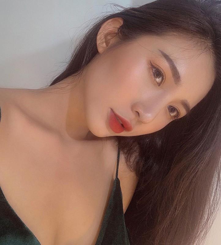 Hot girl Viet len bao nuoc ngoai: Mat khong ti vet, body nong bong-Hinh-6