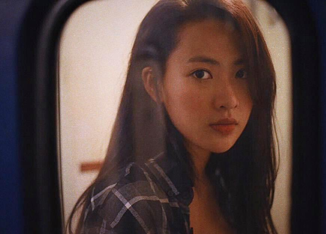 "Hot girl ""thang 5 de danh"" chiem spotlight nho guong mat ""tinh oi la tinh""-Hinh-5"