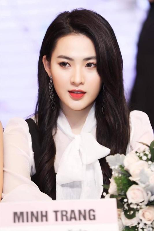 "Hot girl ""thang 5 de danh"" chiem spotlight nho guong mat ""tinh oi la tinh""-Hinh-9"