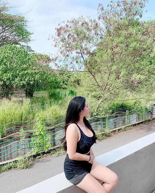 Hot girl so huu vong 1 khung tren 100cm noi tieng khap CDM chau A-Hinh-5