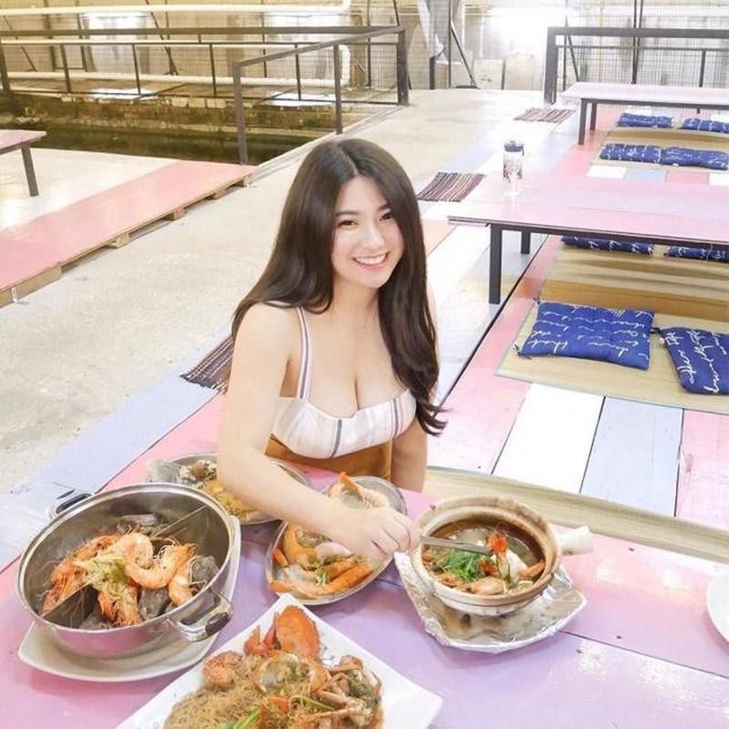 Hot girl so huu vong 1 khung tren 100cm noi tieng khap CDM chau A-Hinh-8