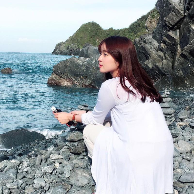 CDM ran ran truy tim co gai co goc nghieng giong Song Hye Kyo-Hinh-6