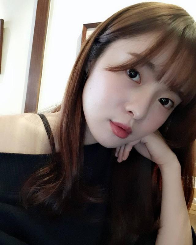 CDM ran ran truy tim co gai co goc nghieng giong Song Hye Kyo-Hinh-8