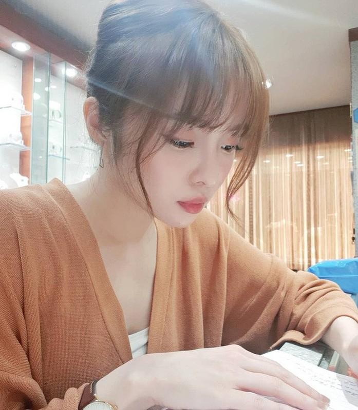 CDM ran ran truy tim co gai co goc nghieng giong Song Hye Kyo-Hinh-9