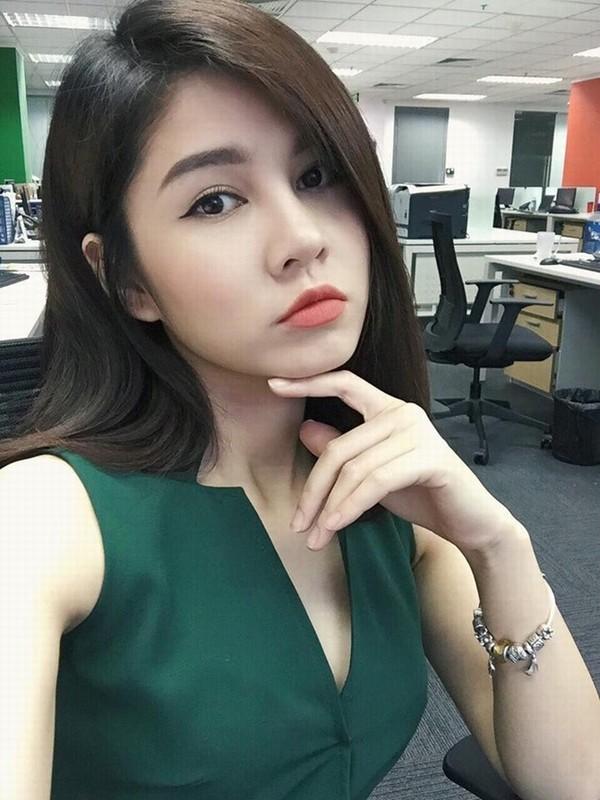 Lo anh Cong Phuong tuyen