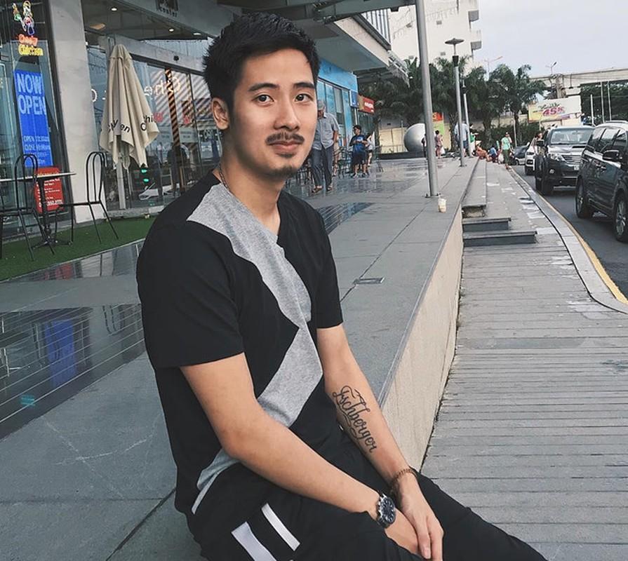 Dan vlogger dinh dam mot thoi: Nguoi o an, ke dinh on ao tinh cam