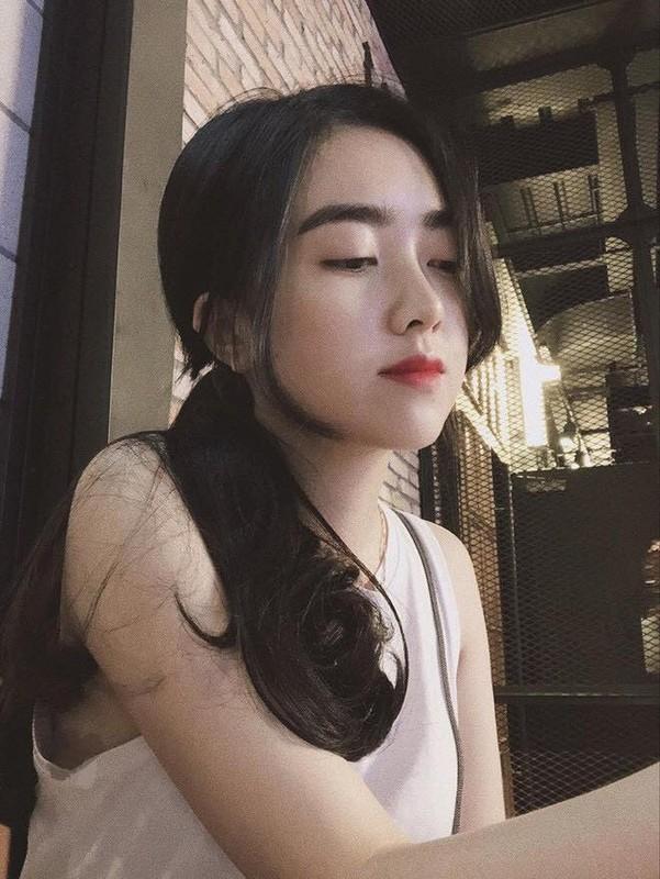 """Lan dau cong khai ban gai hot girl, Ha Duc Chinh bi dong bon """"choc que""""-Hinh-9"""