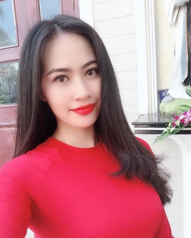 """Ban gai tin don Quang Hai va Nhat Le: """"Ke 8 lang nguoi nua can""""?-Hinh-10"""