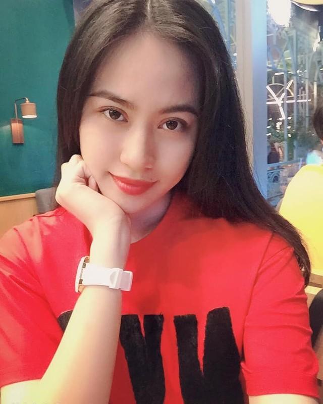 """Ban gai tin don Quang Hai va Nhat Le: """"Ke 8 lang nguoi nua can""""?-Hinh-9"""