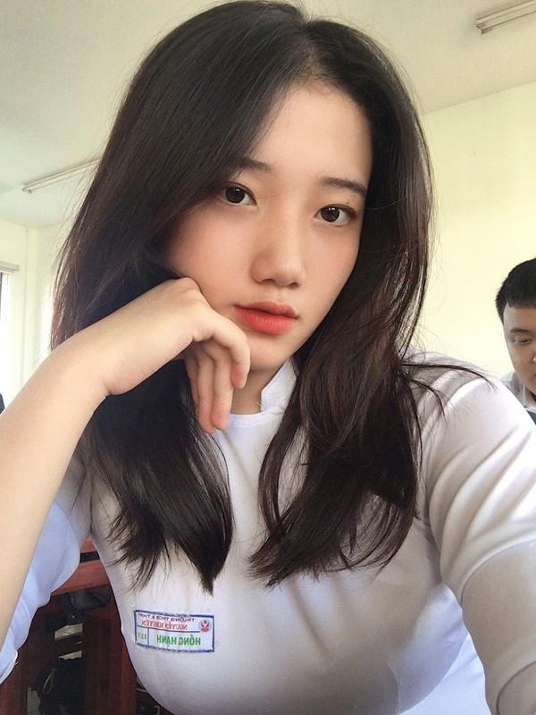 Gai xinh Da Nang khoe goc nghieng khien dan mang ran ran tha tim