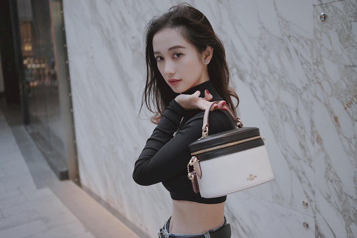Hau nang cap vong 1, hot girl Jun Vu khoe mat tron, tang can chong mat-Hinh-6