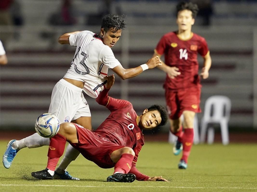 Duc Chinh xoa kiep chan go, U22 Viet Nam thang tien chung ket-Hinh-9