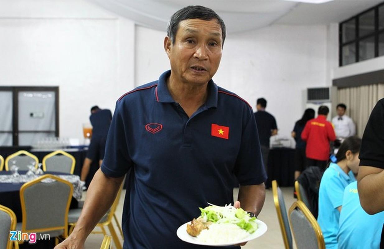 "Nguoi hung tham lang Mai Duc Chung da ""nang tinh than"" cac co gai Vang the nao?-Hinh-6"