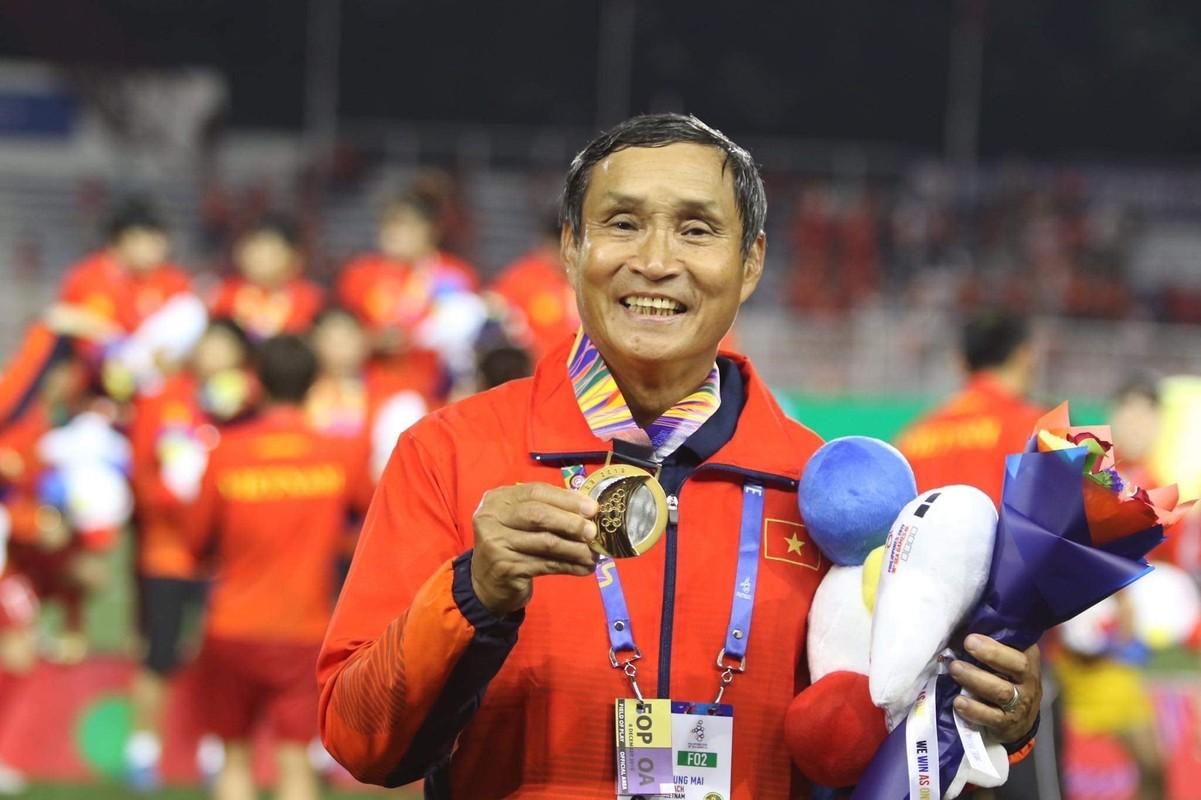"Nguoi hung tham lang Mai Duc Chung da ""nang tinh than"" cac co gai Vang the nao?"