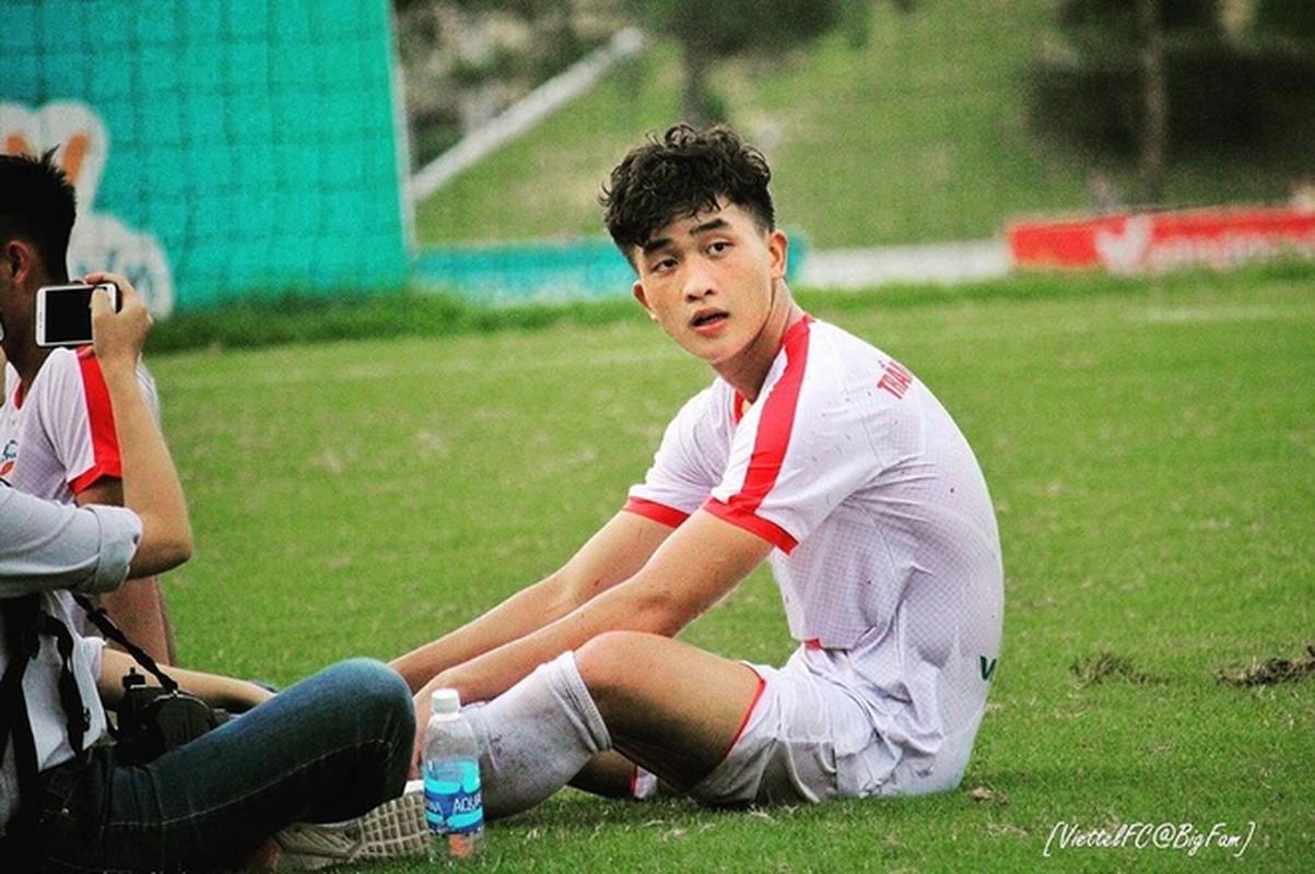 Soi hoi em ut U23 Viet Nam: Dau chi dep ma con cao to-Hinh-2