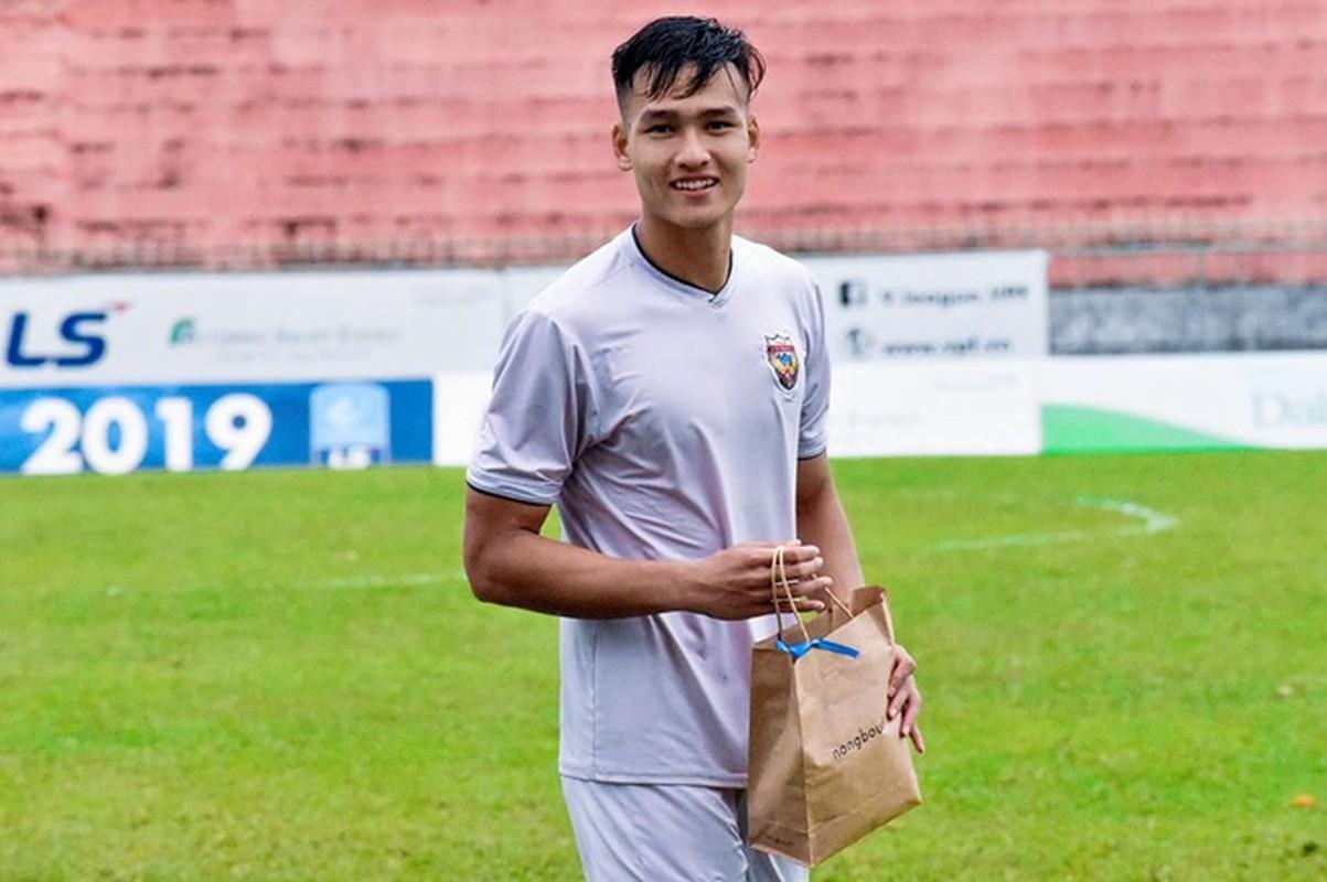 Soi hoi em ut U23 Viet Nam: Dau chi dep ma con cao to-Hinh-5