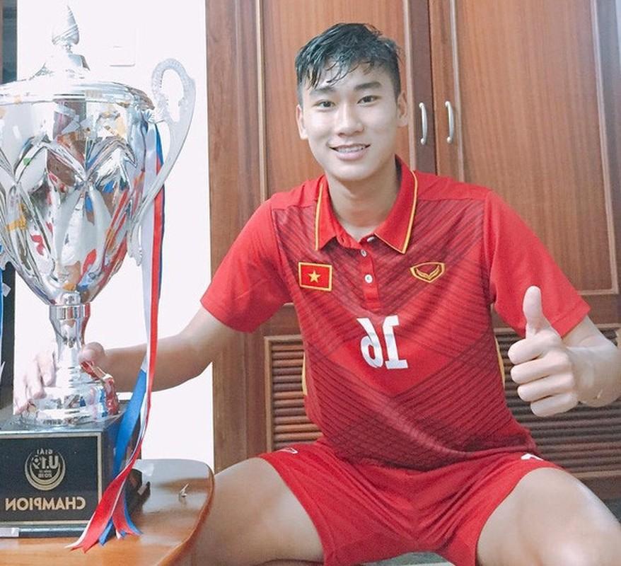 Soi hoi em ut U23 Viet Nam: Dau chi dep ma con cao to-Hinh-8