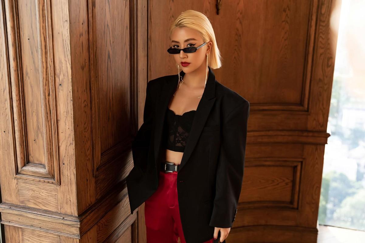 Dien do nylon, hot girl Quynh Anh Shyn gay nong mat cuc do-Hinh-8