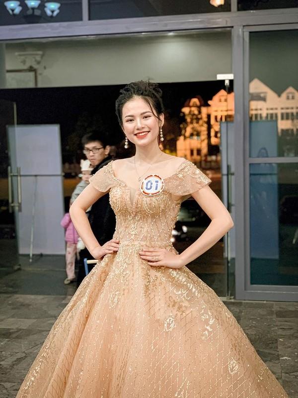 Dan Hoa khoi 10X chan dai thuot tha khien anh em la luot ngam trong-Hinh-4