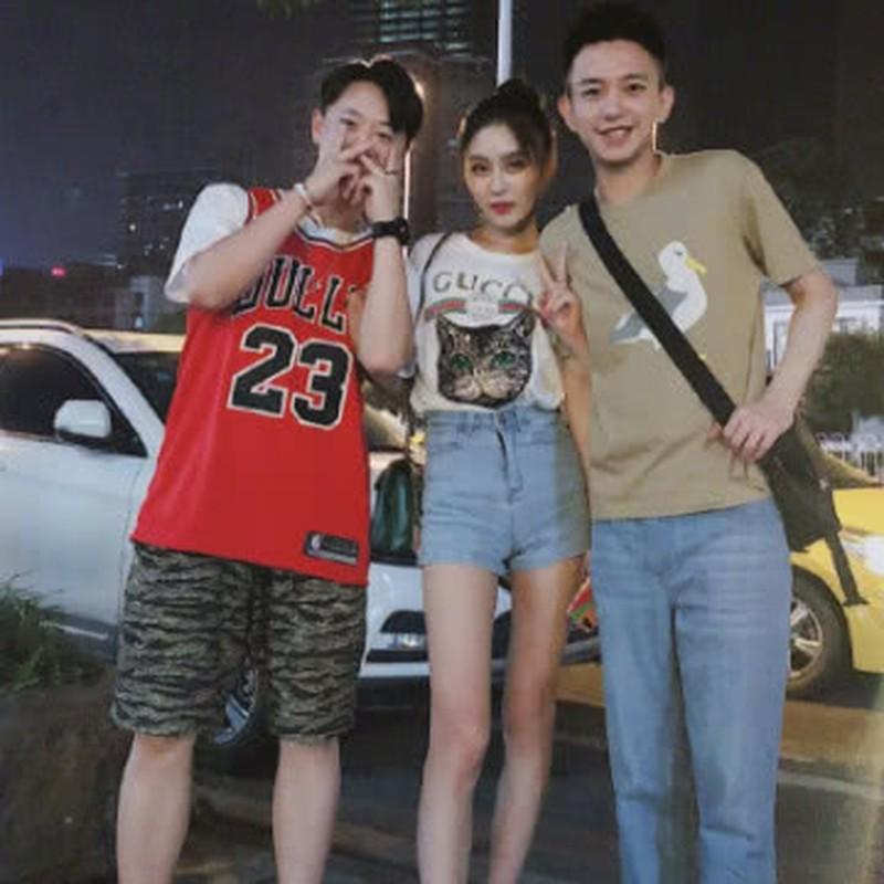 Boc anh that hot girl mang 2,5 trieu follow, fan bi lua the nao?-Hinh-9