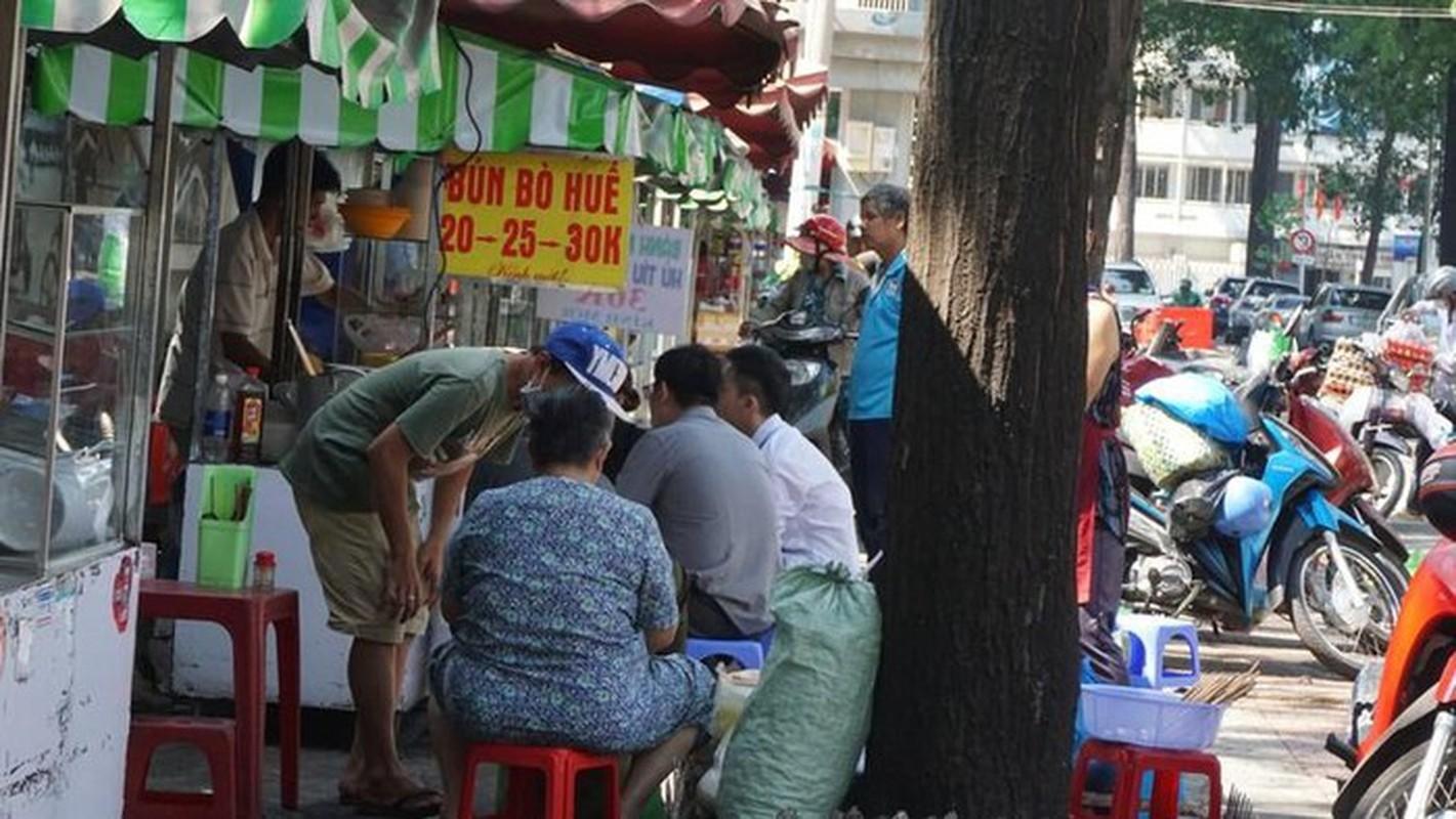 Pho hang rong the nao sau cuoc chien via he cua ong Doan Ngoc Hai?-Hinh-6