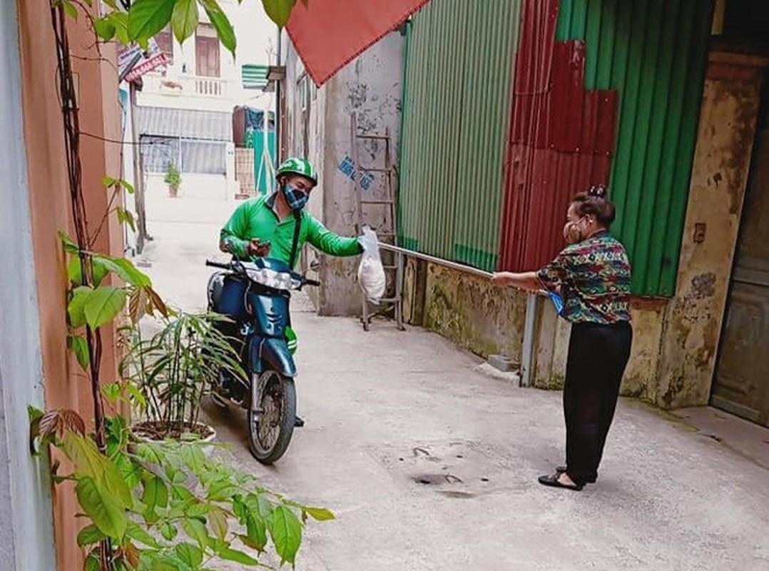 Giao hang mua Covid-19, khi cac shipper the hien su thong minh den bat ngo-Hinh-7