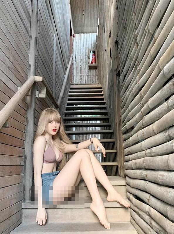 Dien quan ngan phan cam, loat my nhan Viet bao lan phai do mat-Hinh-8