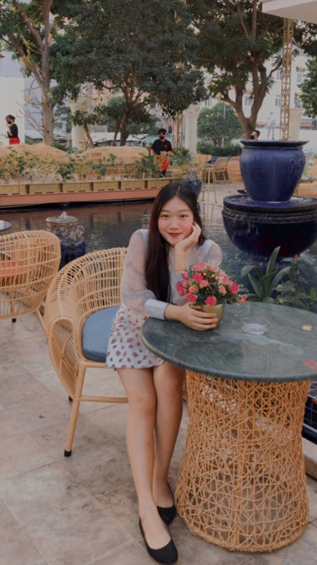 Hot girl Rmit xoa bo dinh kien: Ai noi con nha giau thi khong dam-Hinh-2